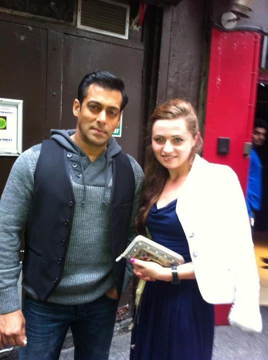 Salman Khan Spotted with a Fan