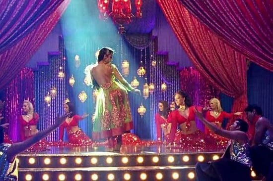 munni-malaika-does-anarkali-disco-chali---Blog-Bollywood---