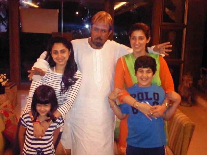 Akshay Kumar, Twinkle Khanna, Rinke Khanna, Aarav Spotted ...
