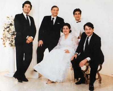 Raj Kapoor, Krishna Kapoor, Rishi Kapoor, Randhir Kapoor & Rajiv Kapoor
