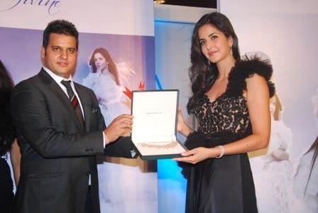 Sushil-Sharma-VP-Internatinoal-Brands-Gitanjali-Group-Katrina-Kaif-at-Nakshatra-Press-Conf