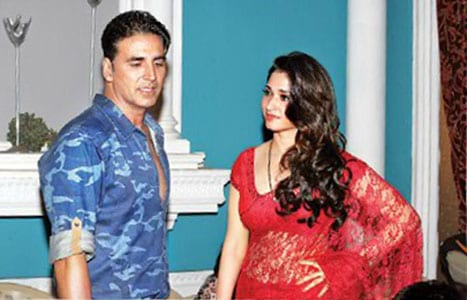 Akshay Kumar and Tamannaah on the sets of It's Entertainment