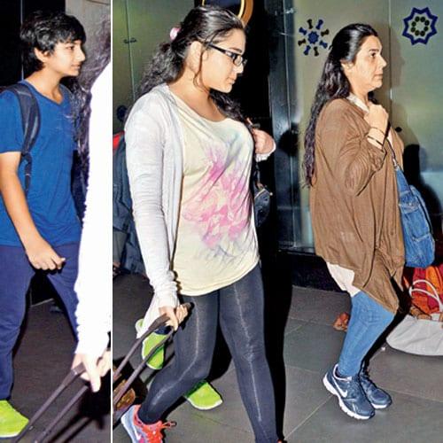 Amrita Singh, Sara Ali Khan and Ibrahim Ali Khan Spotted at the Airport