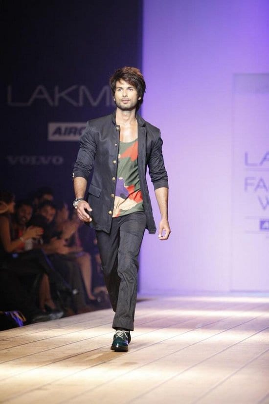 Shahid Kapoor on the Ramp at LFW