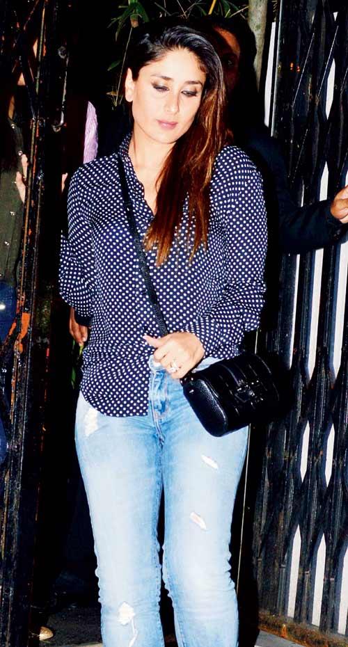 Kareena Kapoor and Saif Ali Khan Spotted in Bandra