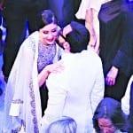 Saif Ali Khan, Kareena Kapoor and Karishma Kapoor at Lakme Fashion Week