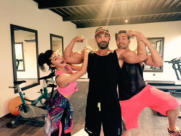 John Abraham Spotted with Varun Dhawan and Jacqueline Fernandez
