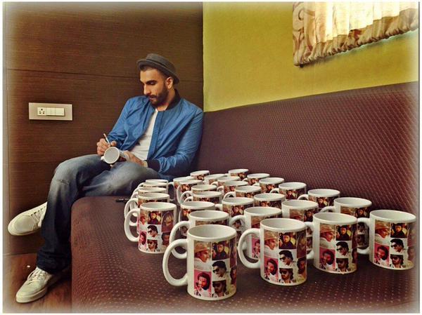 Ranveer Singh Gives Personalised Mugs to his Fans