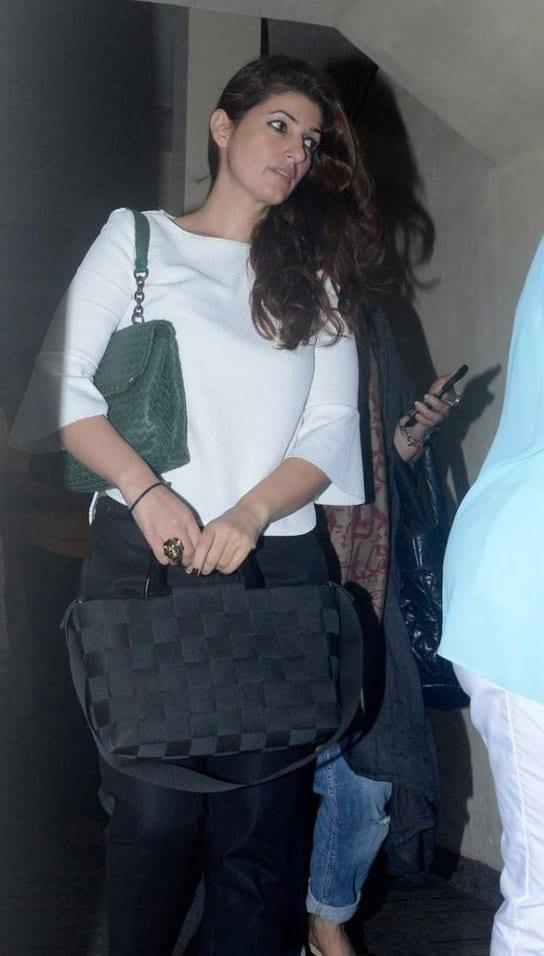 Twinkle Khanna, Aarav Bhatia, Dimple Kapadia and Akshay ...