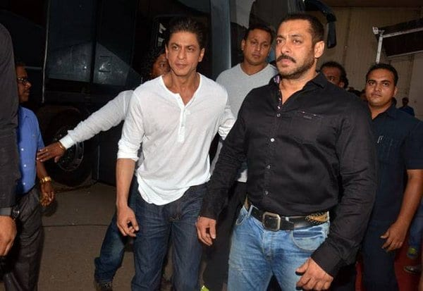 Salman Khan and Shah Rukh Khan on Bigg Boss to promote Dilwale21