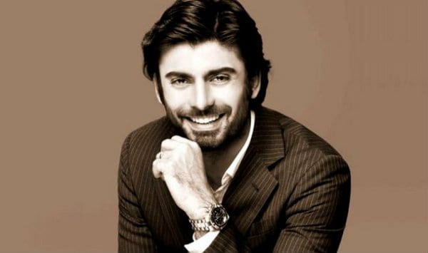 10 REASONS WHY DO MOST WOMEN GO CRAZY ABOUT FAWAD KHAN