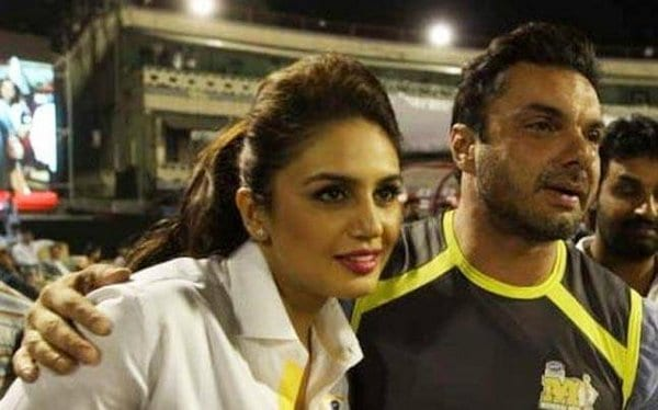 Sohail Khan doesn't deny or accept Huma Qureshi's linkup stories